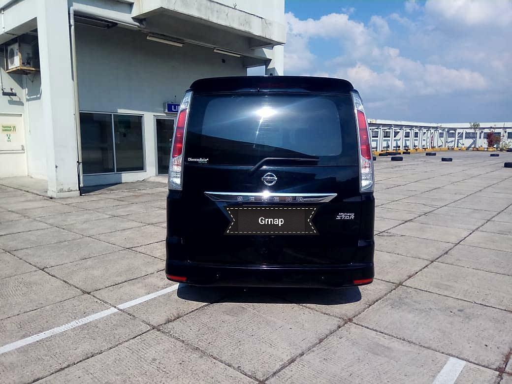 Nissan Serena HWS 2.0 AT 2014 kredit Cepat