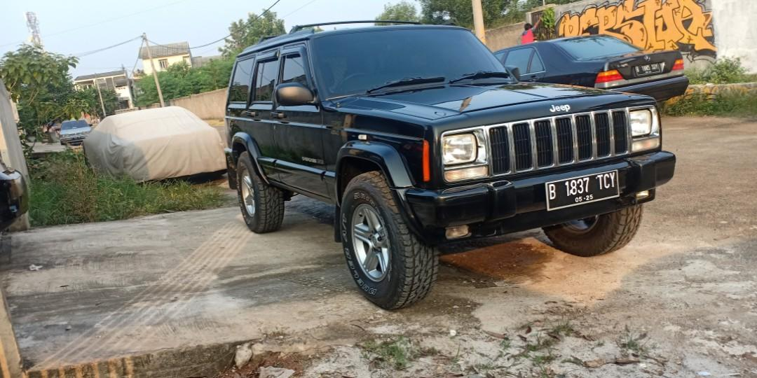 Cherokee country AT 4x4 mulus like new