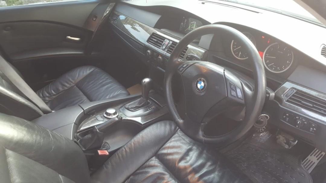 JUAL BU PARAH COD HARI INI BMW 520i 2004