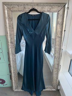 Long silk dress size XS never used