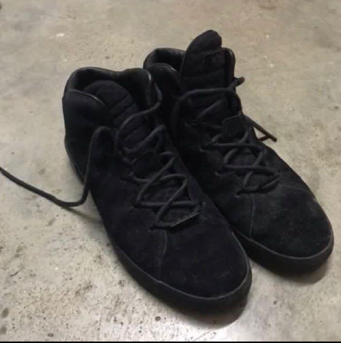 Nike Lebron James Xiii Lights Out Edition Basketball Men S Fashion Footwear Sneakers On Carousell