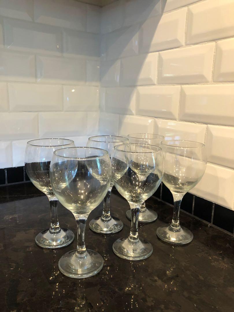 Wine glasses 6