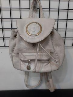 ~只賣到7月底喔!義大利製 白色 皮革 古著 復古 後背包 包