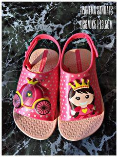 [LIKE NEW] Ipanema Sandals in Pink with Cinderella Illustration from Mothercare