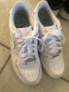 Nike air force size 5.5 / 7 women's