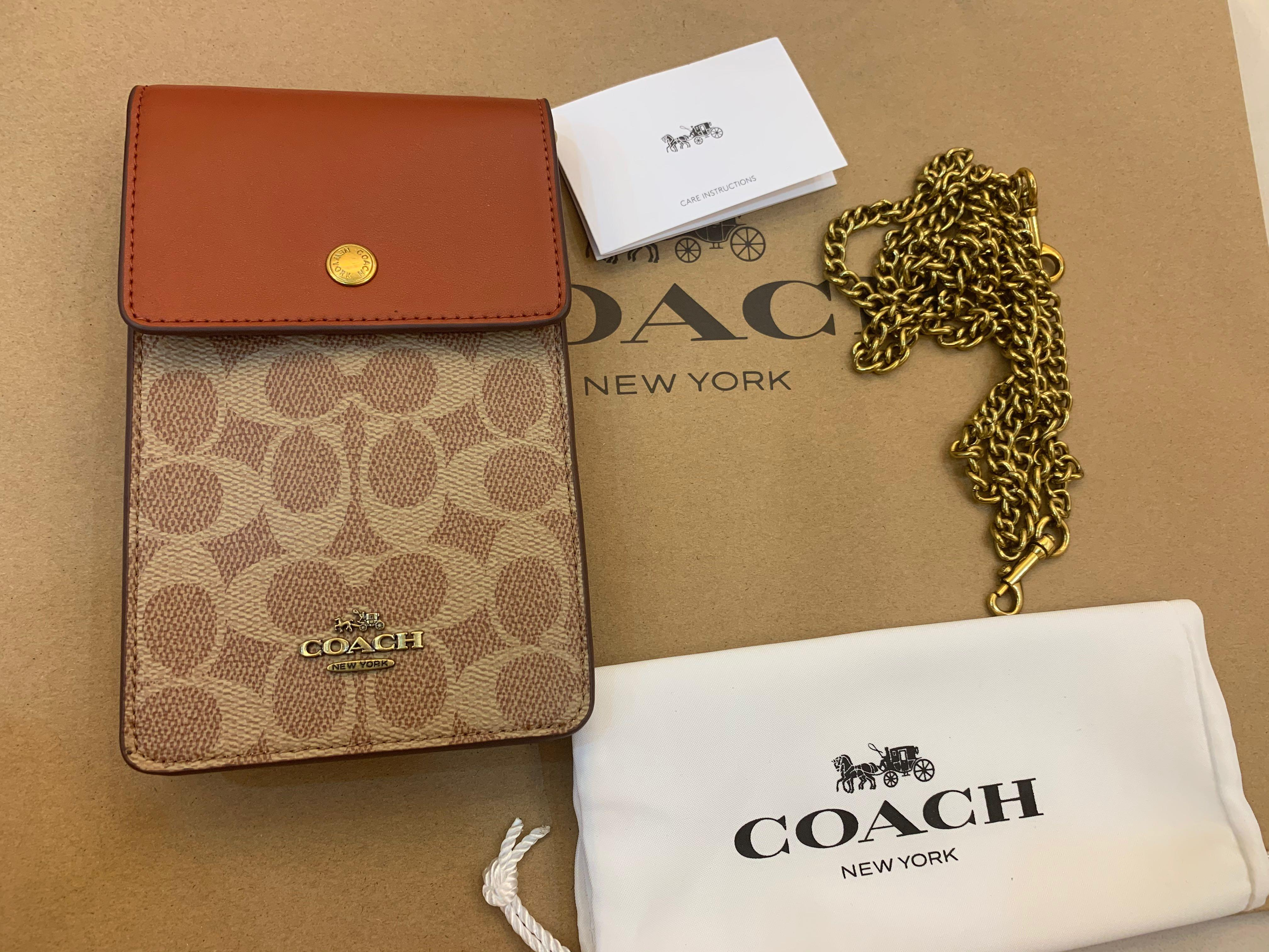 Ready Stock authentic coach phone pouch F76357 promotion