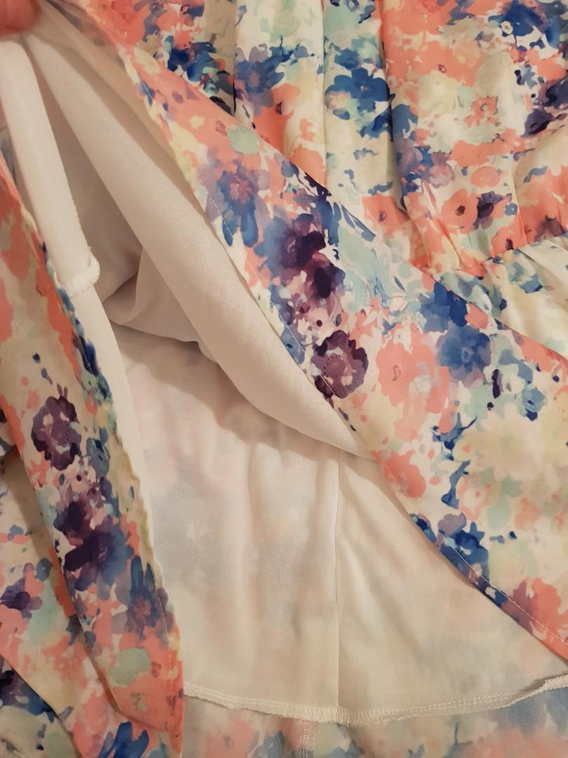 Sz8 beautiful floral dress $25