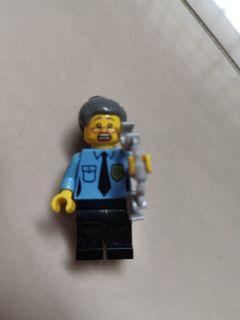 Lego Minifigure Policewoman 100% Authentic