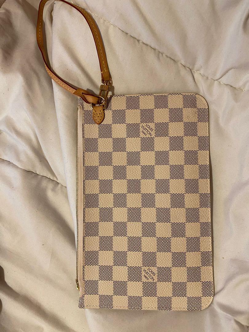 Louis Vuitton Neverfull Pochette (Authentic)