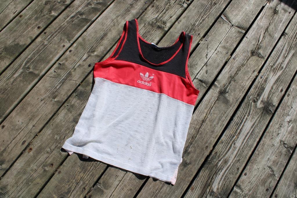 Vintage Adidas Top / Sleeveless jersey / 90s
