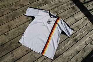 Vintage Deutschland Jersey / Dutch Soccer TShirt 80s / 90s