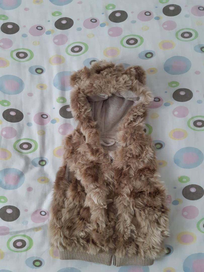 H&M Faux Fur Teddy Bear Vest