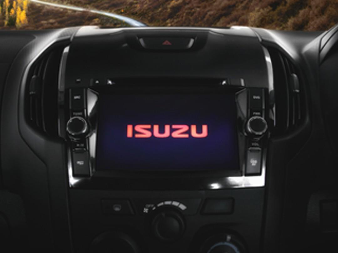 ISUZU Mu-X (4×4) M/T