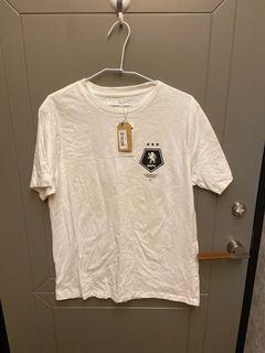 全新商品 白色短袖T恤 適合夏天 超級好看便宜賣