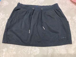 Adidas 黑色口袋迷你裙窄裙UK8