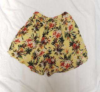GU Floral shorts