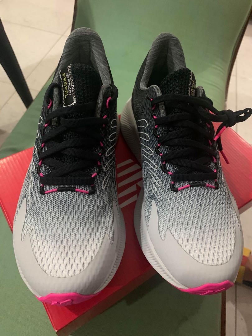 New balance shoes (women), Men's
