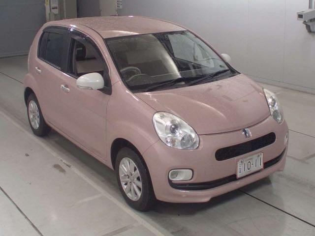 Toyota Passo Plus HANA Manual