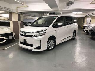 Toyota Voxy 1.8 Hybrid Modellista Auto