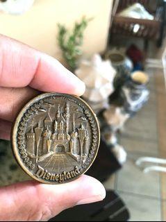 Vintage Walt Disney Disneyland main street USA bronze coin
