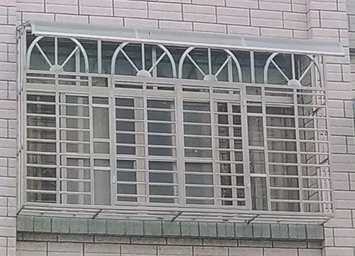 [台灣鐵工廠]不銹鋼鐵窗/安全門窗/逃生門窗/凸窗/穿梭防盜窗/陽台鐵窗/防護窗/陽台雨遮/採光罩/遮雨棚/儲藏室收納