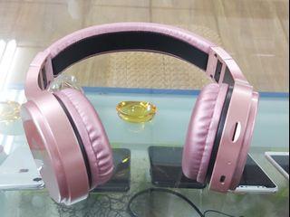 耳罩式藍芽耳機