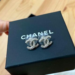 Chanel 香奈兒經典鑲鑽耳環