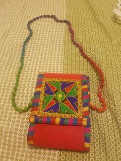 Embroidered Envelope Clutcher