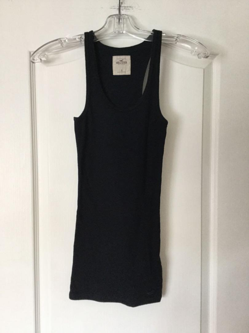 HOLLISTER Navy blue top. Size S-Small. Worn once. EUC