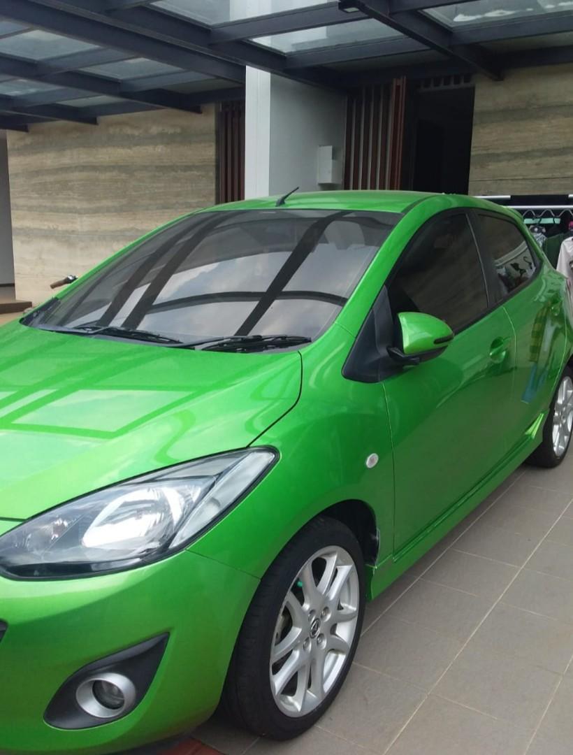 Mazda2 tahun 2012