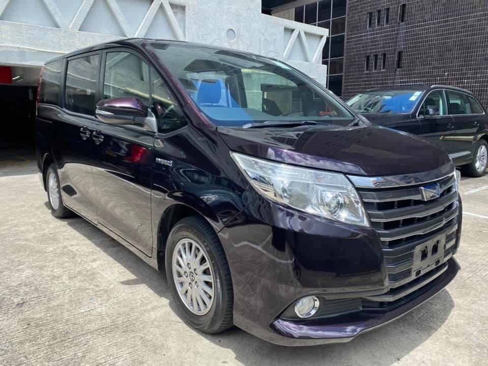 toyota noah hybrid auto cars cars for sale on carousell. Black Bedroom Furniture Sets. Home Design Ideas