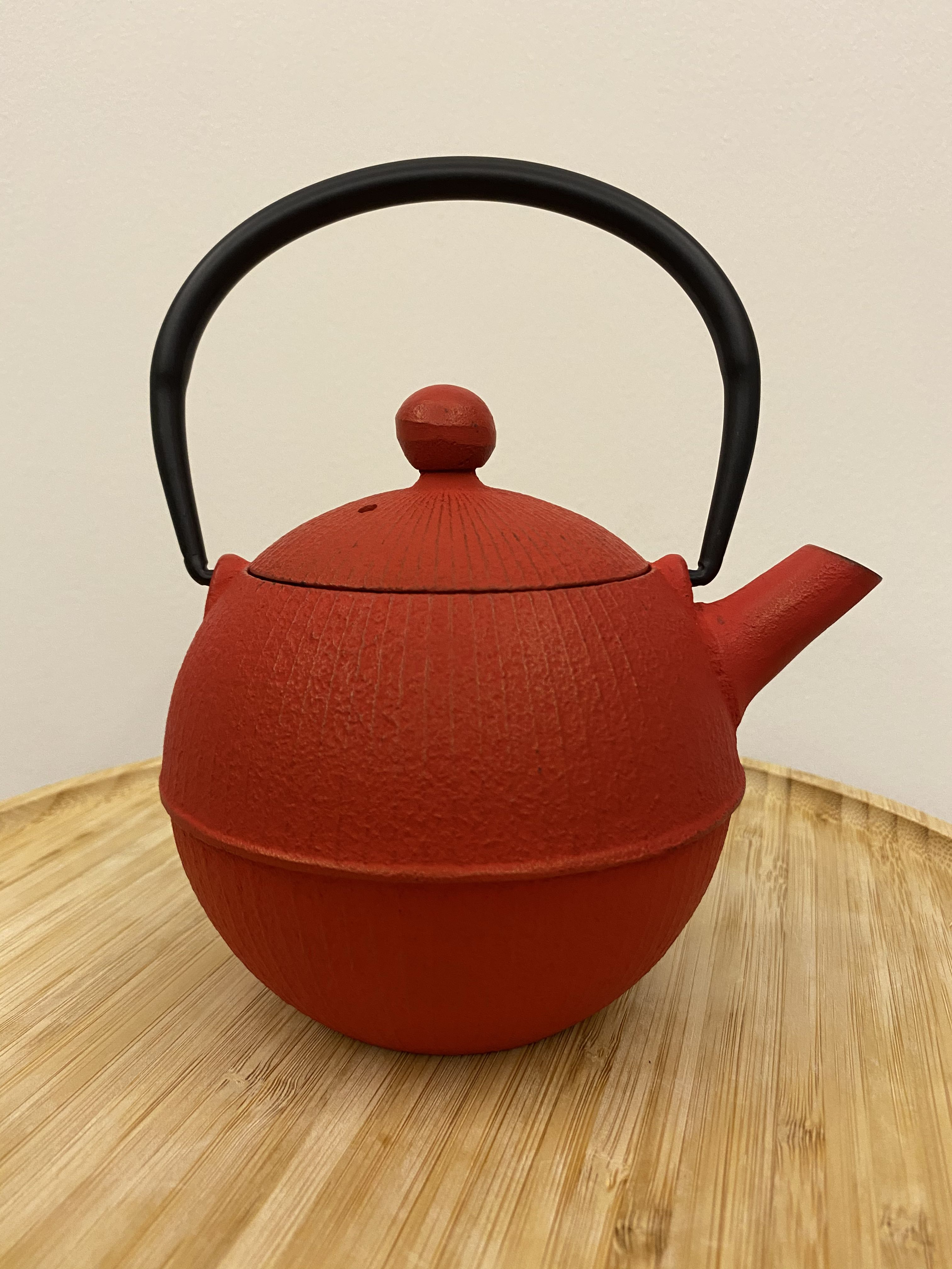 Twg Mari Teapot In Red Home Appliances Kitchenware On Carousell