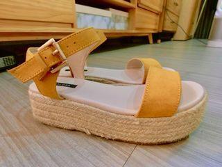 渡假風芥末黃厚底鞋 鬆糕鞋