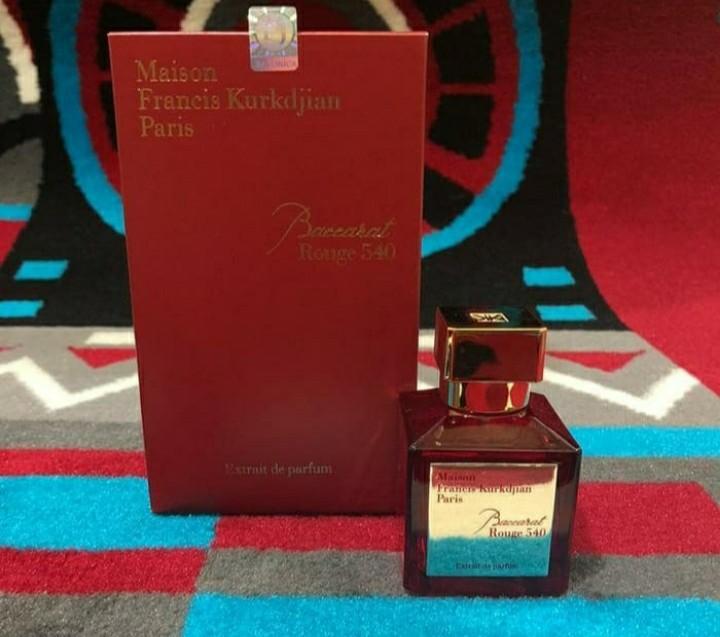 Parfum Baccarat Rouge 540 Extrait Original Singapore Kesehatan Kecantikan Parfum Kuku Lainnya Di Carousell