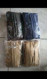 Satu lusin masker tali hijab pulkadot bahan cotton