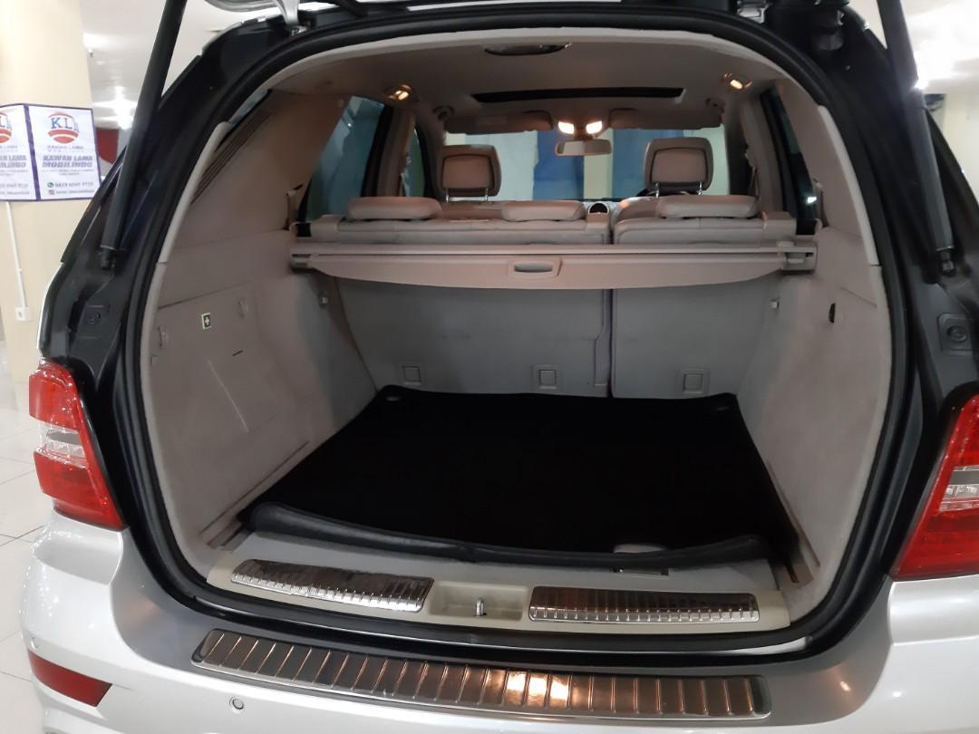 Di-Jaul th.2009 Mercedes-Benz MERCY ML-350 Grand Edition Automatic.PowerBack DOOR.Option AMG.Kondisi PRIMA.Nopol B(Genap)
