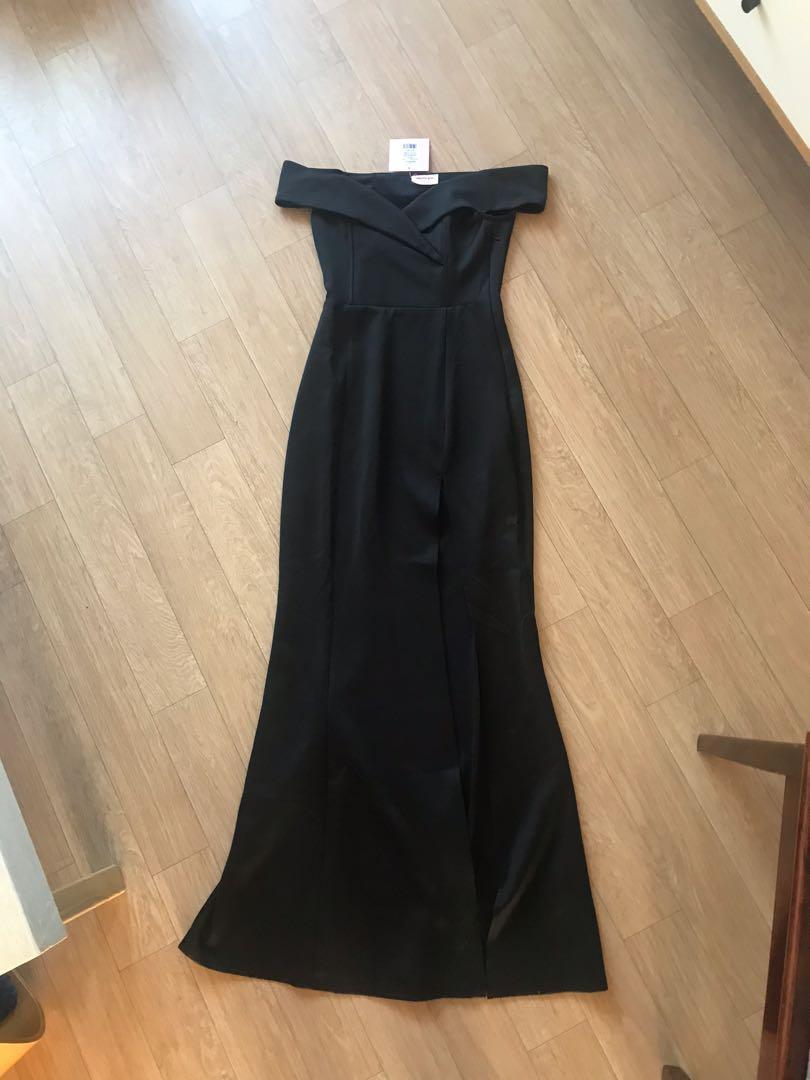 New Black off shoulder maxi dress