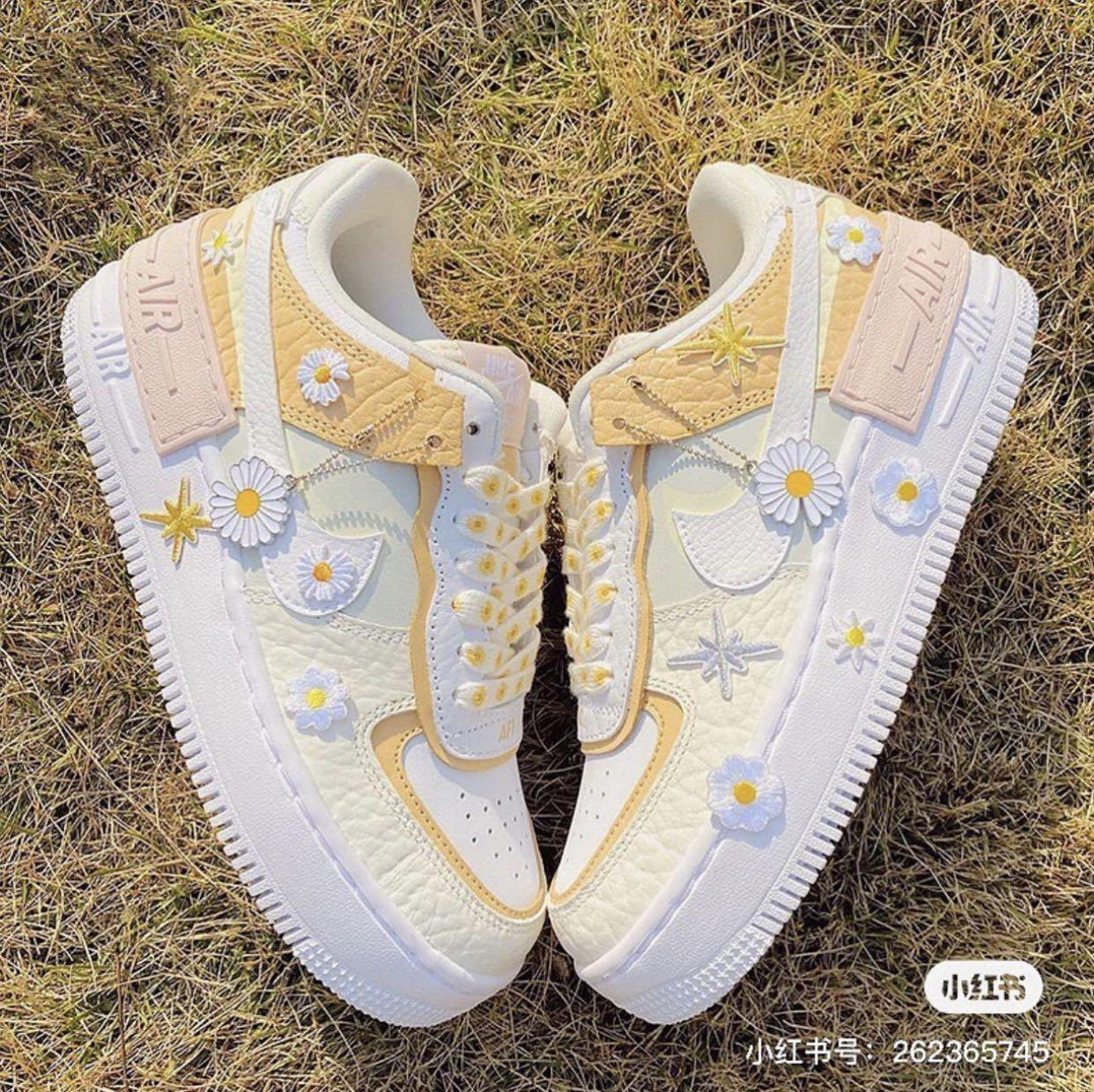 Nike Air Force 1 Daisy Women S Fashion Shoes Sneakers On Carousell