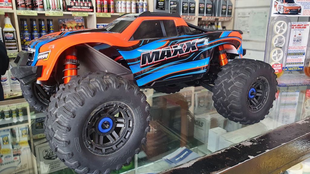 Traxxas Maxx Rc Car 1 10 Brushless Rtr 4wd Monster Truck Toys Games Toys On Carousell The monster truck has been redefined. traxxas maxx rc car 1 10 brushless rtr 4wd monster truck