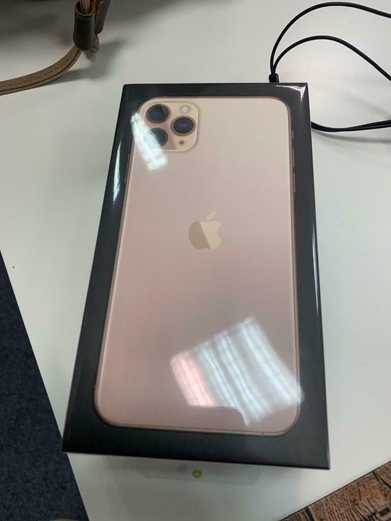 iPhone 11 Pro Max 512GB Unlocked SHIPPING ONLY DUE TO CORONA
