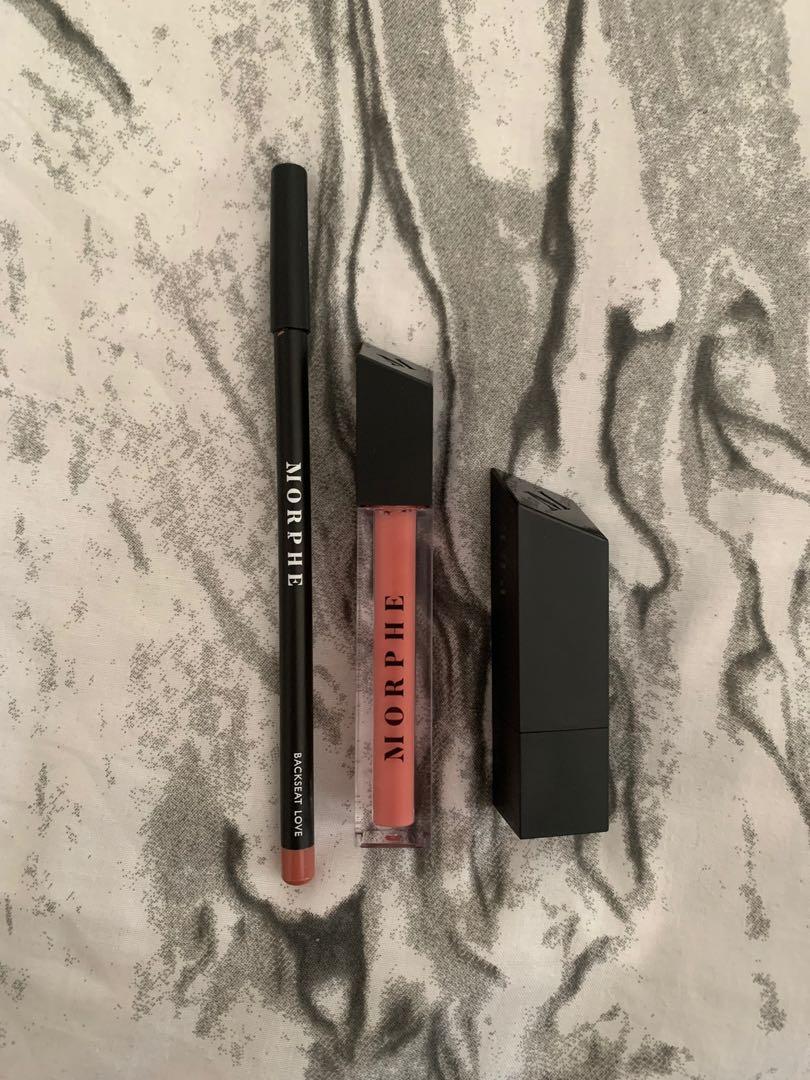 Morphe Out & Apout lip kit