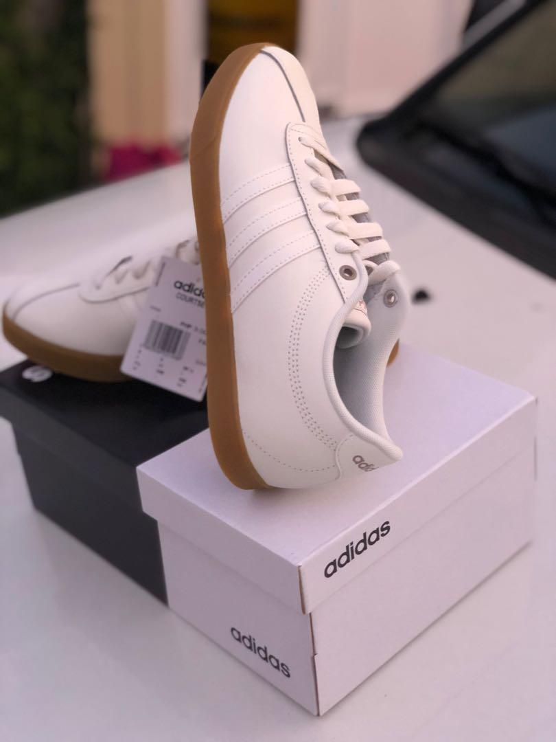 Adidas Courtset Women's Size 7.5, Women