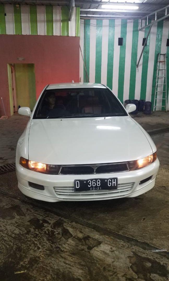 Mitsubishi galant Hiu v6 2500cc matic thn 2000