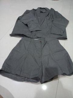 Setelan celana pendek cln ada dibesari