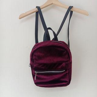Stradivarius Mini Backpack Velvet