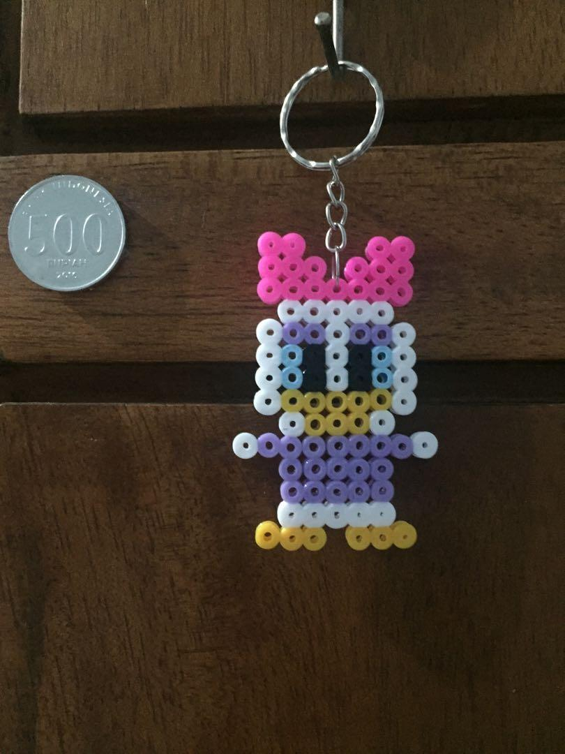 Gantungan Kunci Hama Beads 5mm - Daisy Duck Full Body