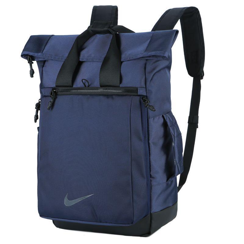 Genuino Genealogía heroína  Limited Nike big backpack, Men's Fashion, Bags & Wallets, Backpacks on  Carousell