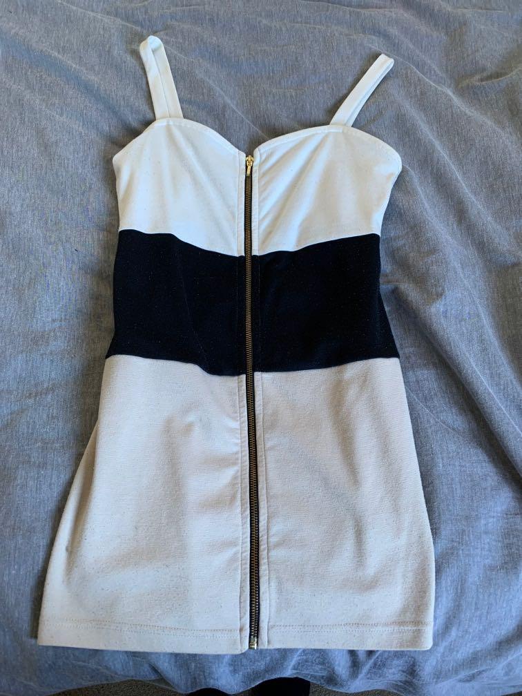 Medium Zip Up Dress