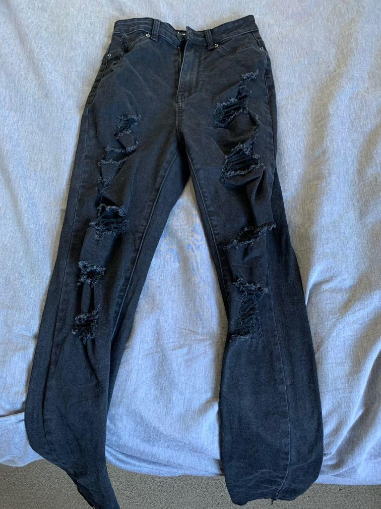 Size 8 Black Ripped High Rise Skinny Jeans