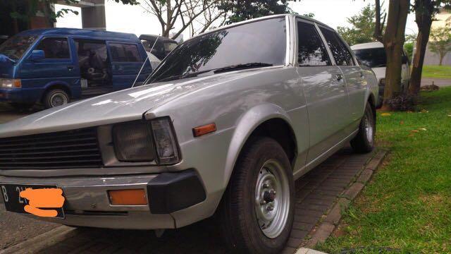Jual Corolla DX 81